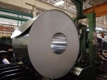 柳州银海铝首次试制2系硬铝合金热轧卷材成功
