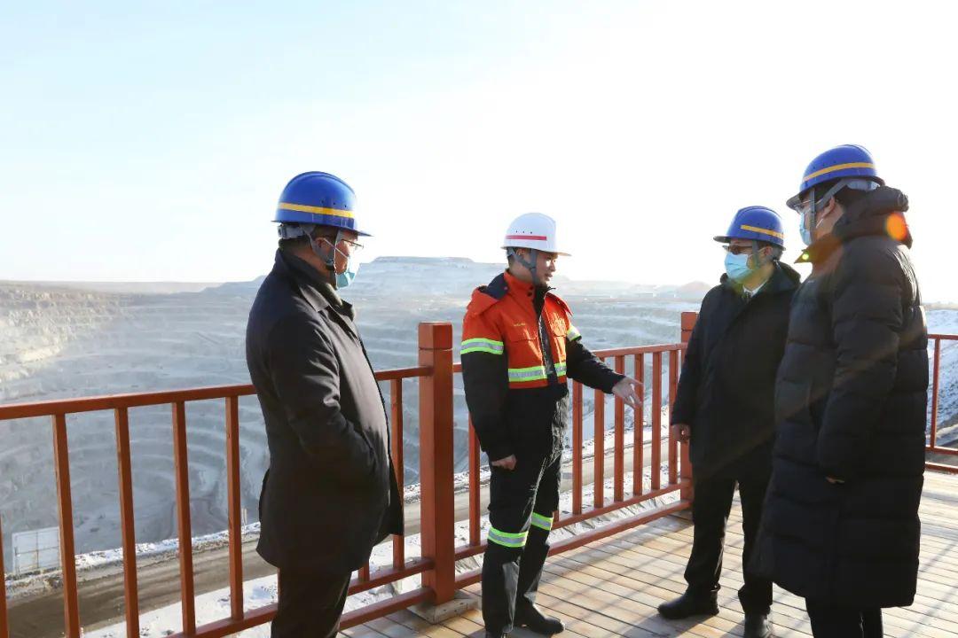 中共黑河市委副书记市长李世峰到黑龙江多宝山铜业调研生产安全工作