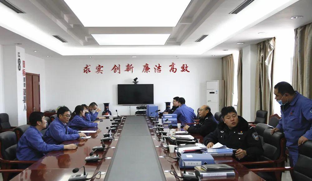 酒钢集团公司平安建设检查组对东兴铝业公司进行年终检查测评