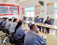 易门铜业财务总监蒋惠雄到硫酸分厂指导成本管控工作