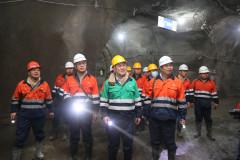 金川集团董事长王永前到二矿区检查指导安全生产工作