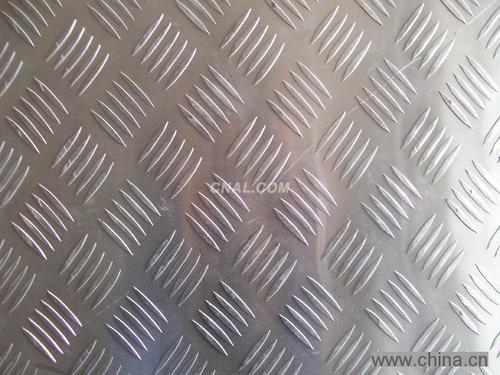 本公司供应花纹铝板