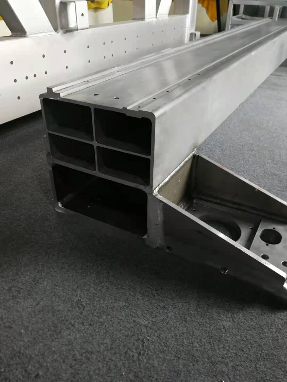 工业铝型材铝粱焊接加工铝合金横梁